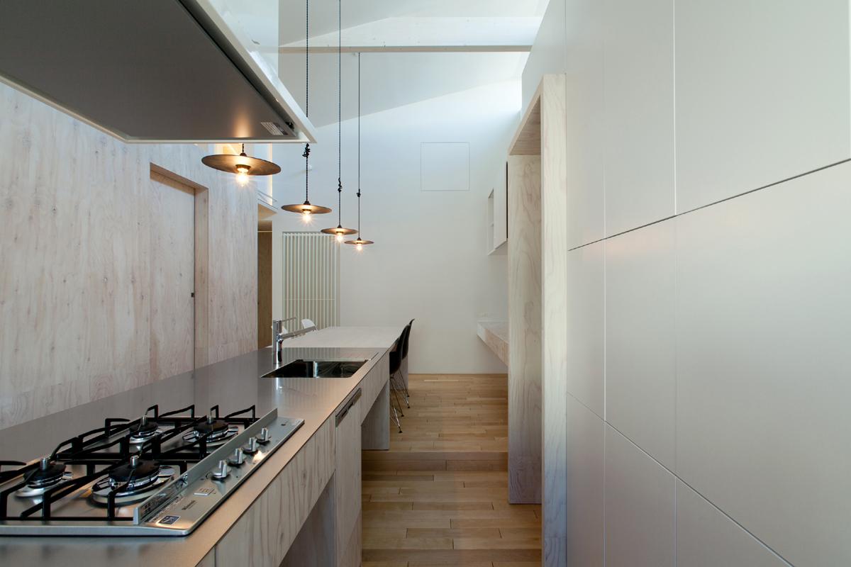 http://www.atelier-casa.net/_wp/wp-content/uploads/2016/05/kitchen2.jpg